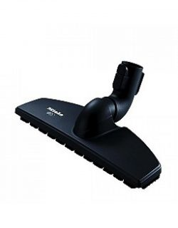 the parquet Twister Floor brush features alternating long and short natural bristles for cleaning hardwood floors
