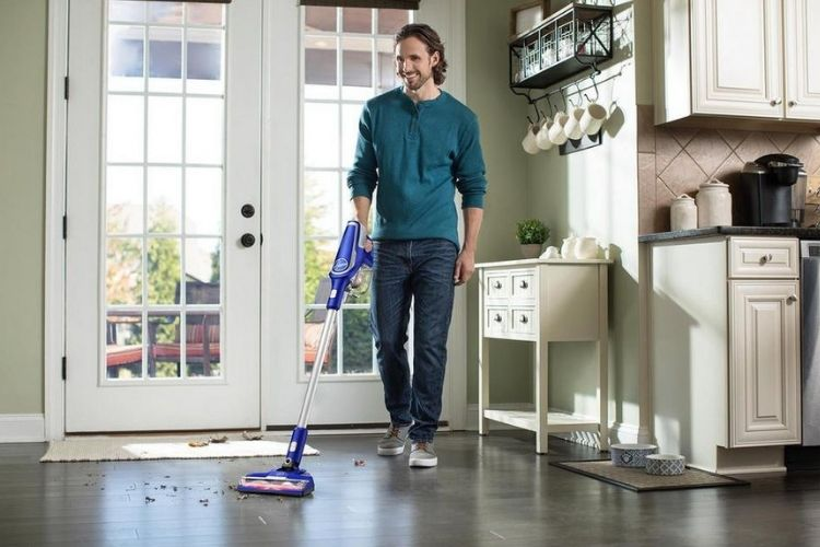 Hoover Impulse Cordless Stick Vacuum Cleaner with Swivel Steering, BH53020 REVIEW