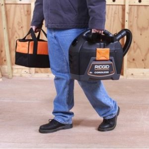 Ridgid WD0319 18 volt 3 Gal Cordless Wet Dry Vacuum is light weight for easy portability