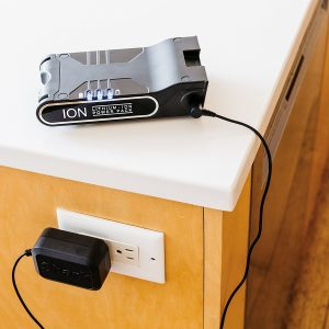 the Shark ION Rocket Ultra Light Vacuum IR101 features a removable lithium ion battery pack that provides up to 30 minutes runtime when fully charged