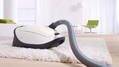 3 features enable the Miele Complete C3 Cat and Dog vacuum to work well on all types of carpet including Ultra Plush