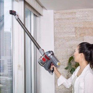 light weight makes the Deik Vacuum Cleaner 2 in 1 Cordless Vacuum easy to handle for overhead cleaning