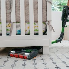 the IONFlex joint on the Shark IF201 cordless vacuum allows you to easily clean dirt and pet hair from under furniture