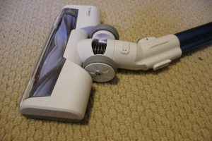 the tineco a10 hero cordless stick vacuum has quality wheels with rubber tires to protect hardwood floors