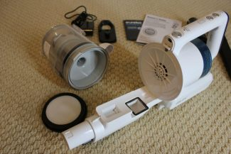 Eureka NEC180 RapidClean Pro Cordless has easy access filtration system